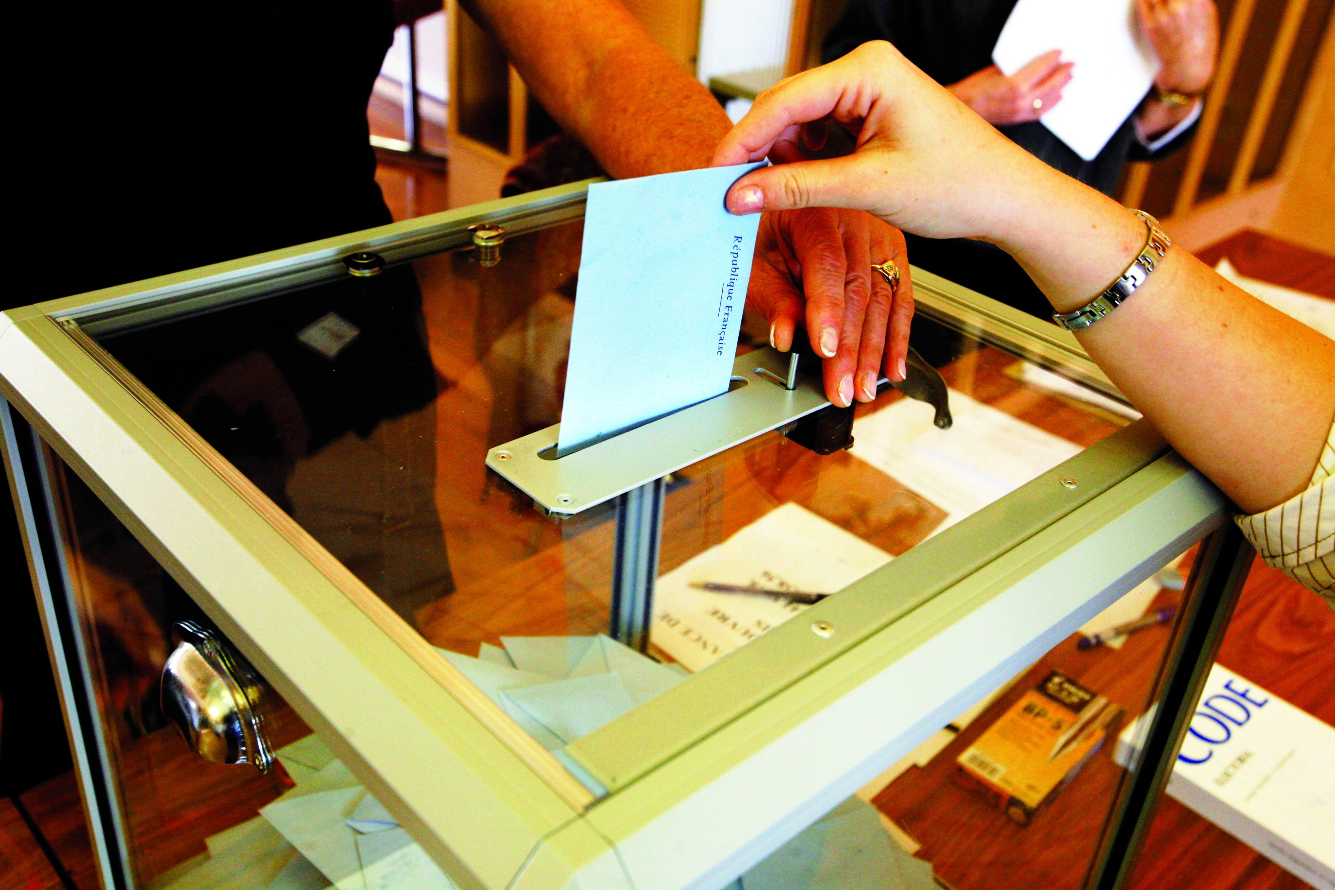 urne_transparente_FO_Métaux
